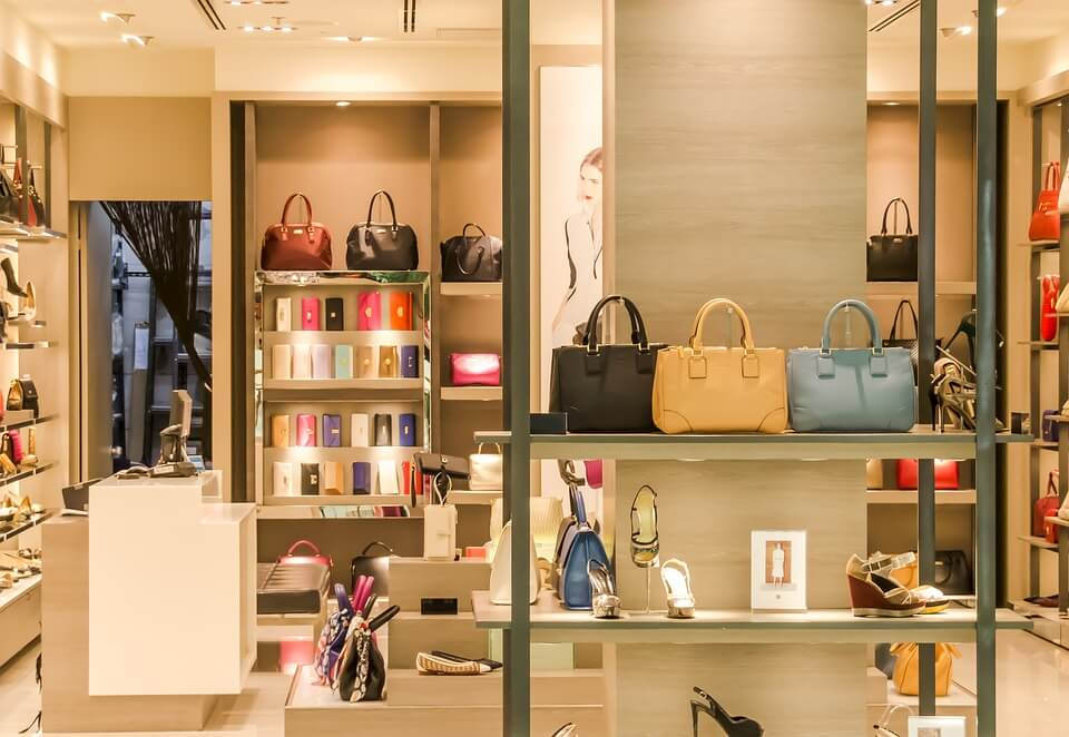 How Luxury Industry is able to Lure Indian Consumers?